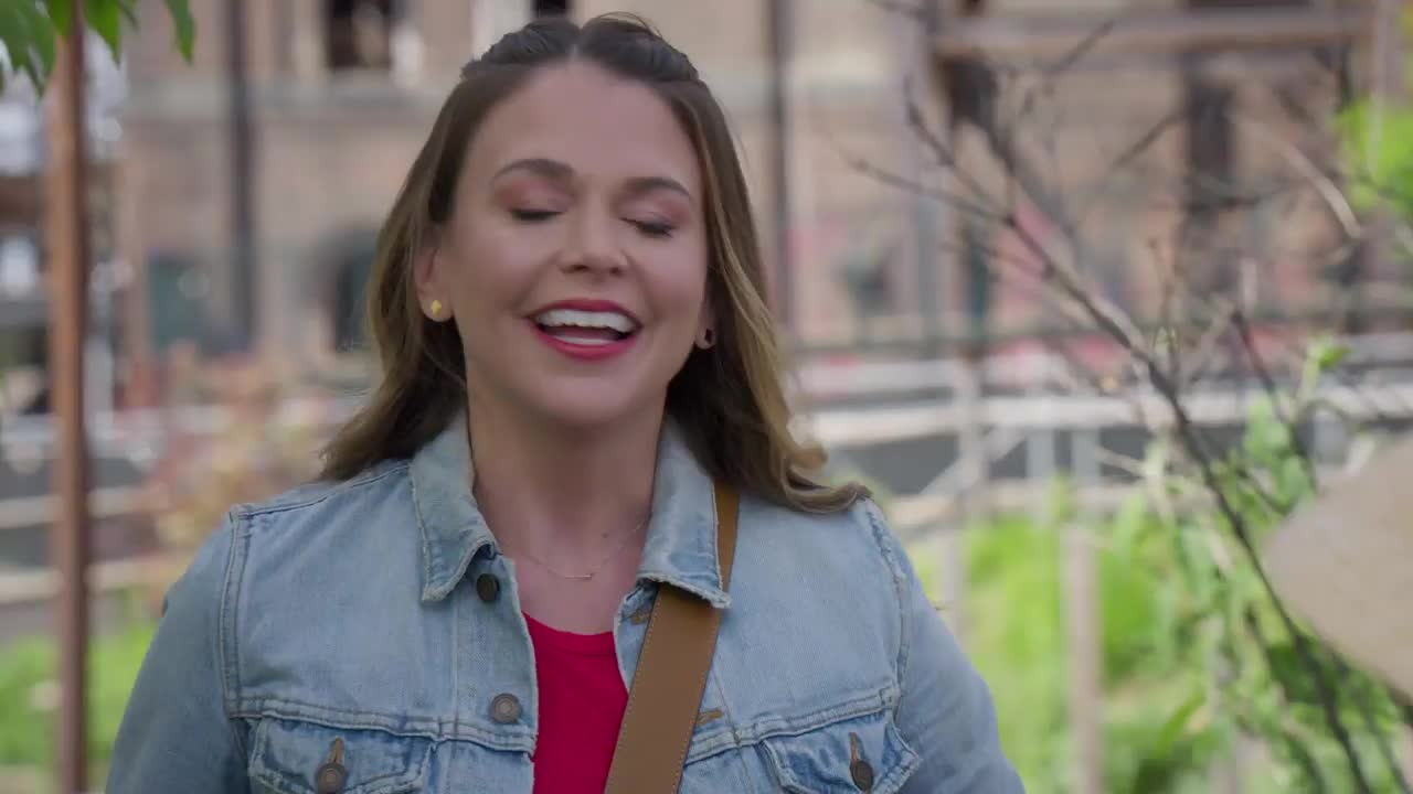 Younger - 6x11 - 'Holding Out for a Shero' Sneak Peek
