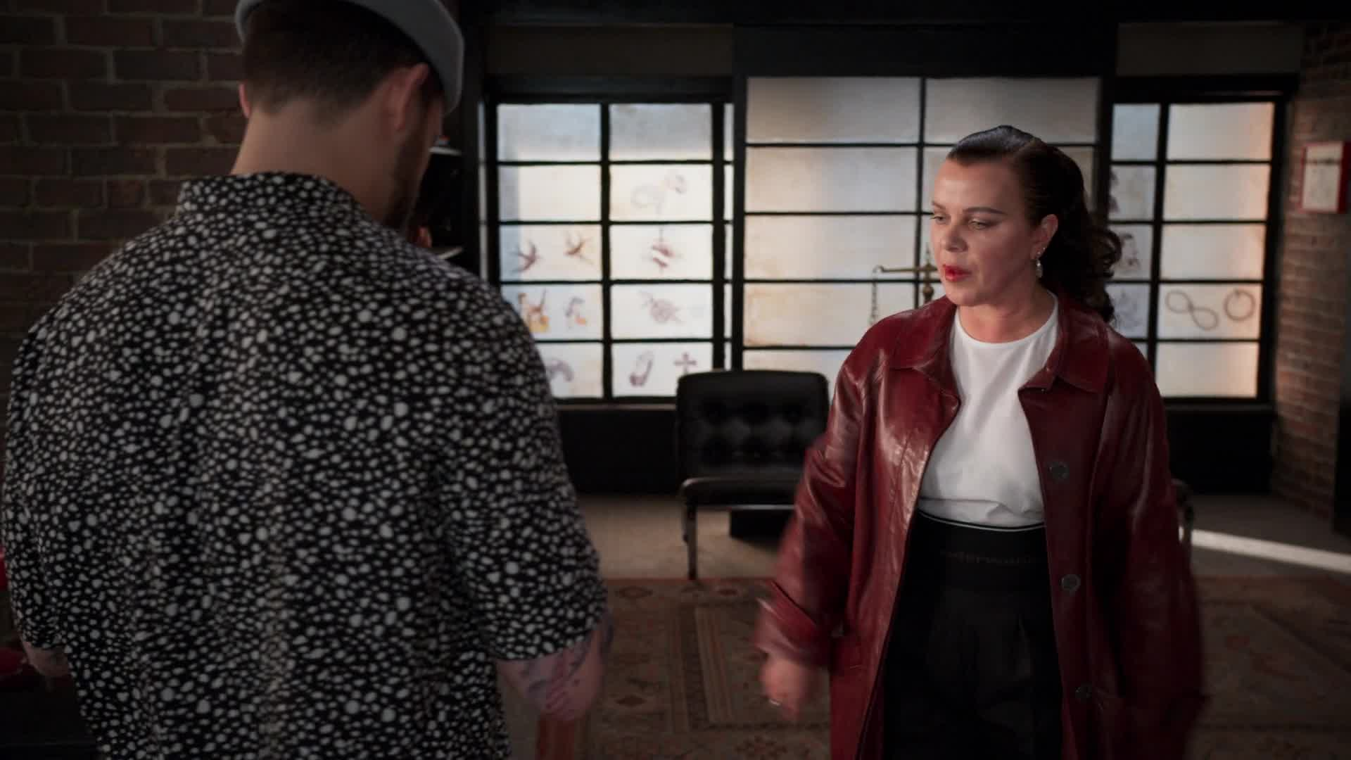 Younger – Season 7 – 7x08 – 'The Baroness' Preview